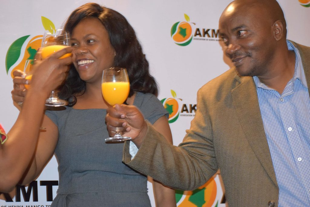 Stakeholders in the mango value chain come together 1