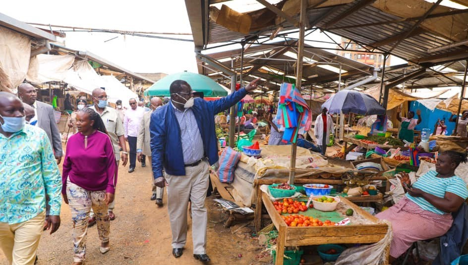 Governor Nyoro at Juja market 1