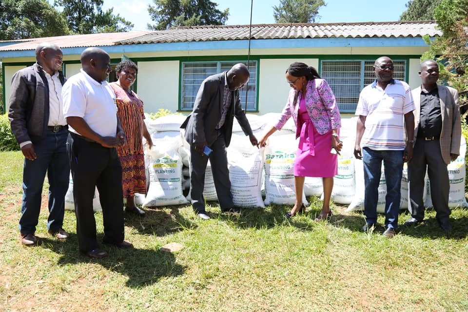Trans-Nzoia County distributes fertilizer 1