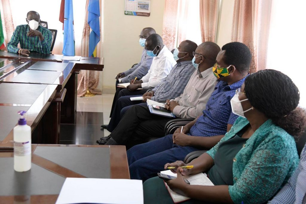 Governor Nanok meets NGO officials