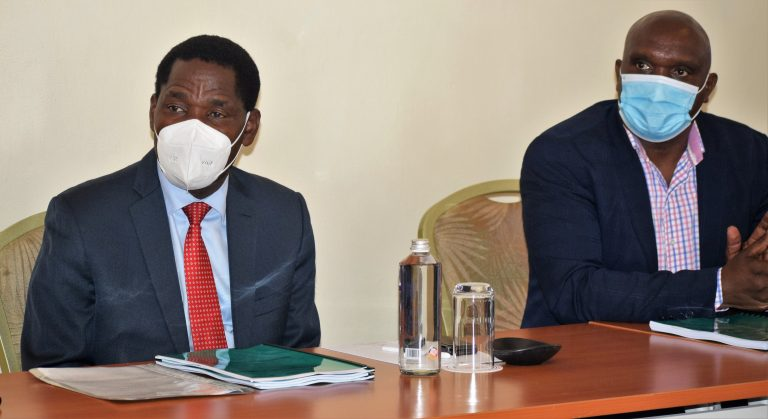 Agriculture CS Peter Munya left Muranga County Agriculture CEC Albert mwaniki whio is also the Chairman of Agriculture CECs Caucus during the validation workshop
