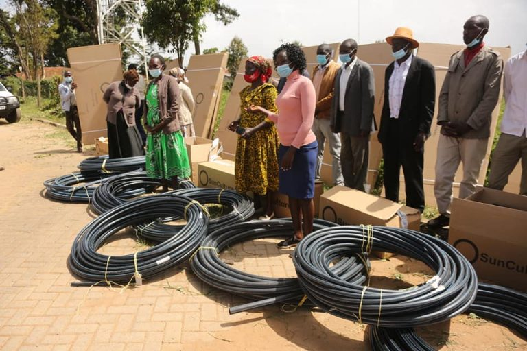 Elgeyo Marakwet farmers receive irrigation kits